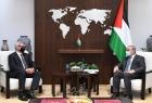 اشتية يبحث مع المبعوث النرويجي إعادة إعمار غزة