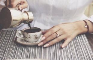 دراسة: القهوة منزوعة الكافيين أكثر أمانا للخلايا العصبية