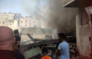 """شاهد - انفجار """"سوق الزاوية"""" بغزة في مبنى أسفله محل لتعبئة الغاز"""